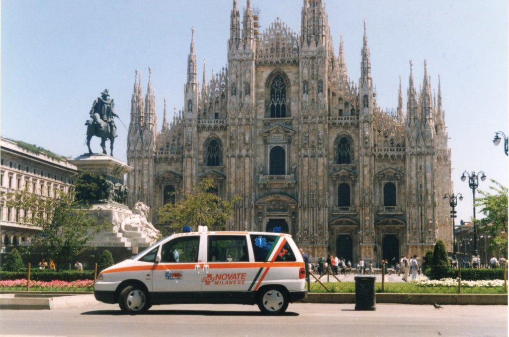 Automedica VLV in Piazza Duomo